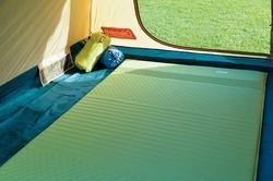ファミリーキャンプ用の人気・売れ筋のテント、寝袋、マットのご紹介