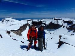 ネイチャーガイドリスの残雪の富士登山ツアーに参加してきました。