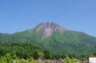 日光白根山へ。私は子供とロープウェイに乗って散策コース。妻は山頂へ。