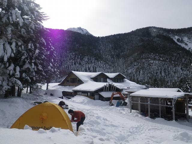 厳冬期 赤岳鉱泉 テント泊