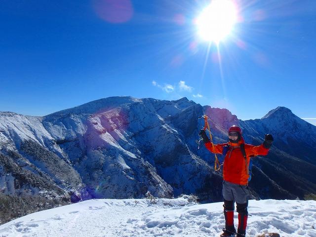 兄と赤岳鉱泉で雪山テント泊して硫黄岳登山へ
