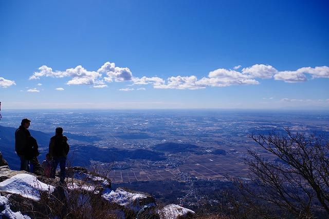 筑波山 女体山山頂は雪と氷と青空