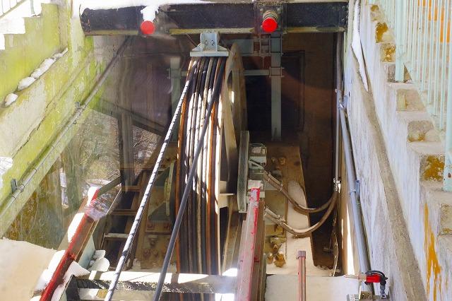 筑波山 ケーブルカーのケーブル滑車