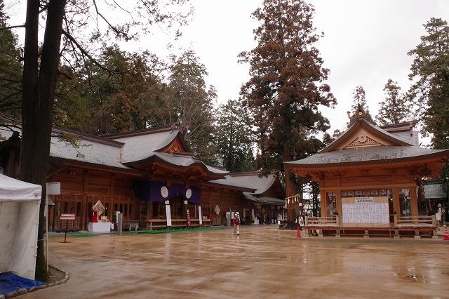 穂高神社 本殿 拝殿