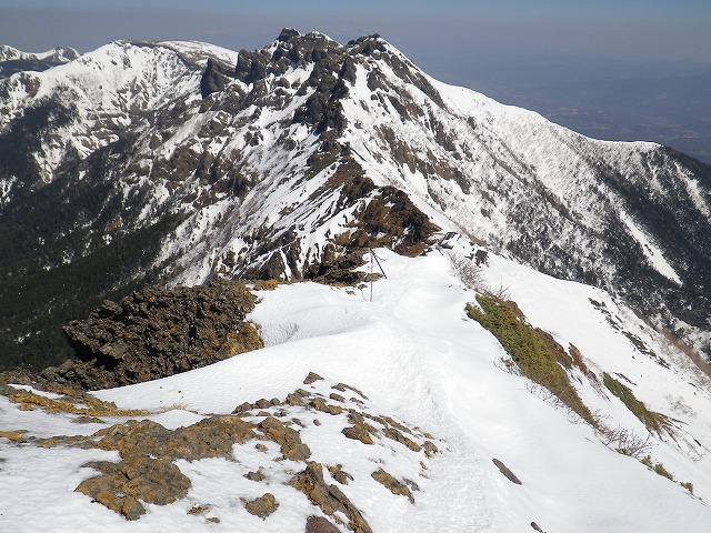 冬の八ヶ岳の稜線