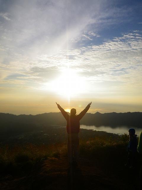 バトゥール山の登山・トレッキング