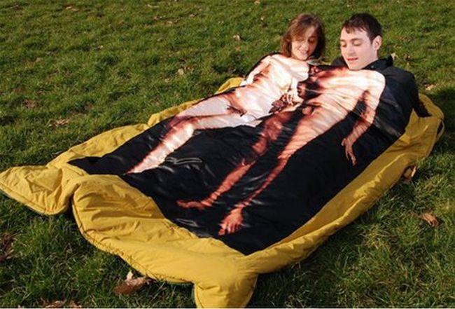 エロエロなカップル用寝袋