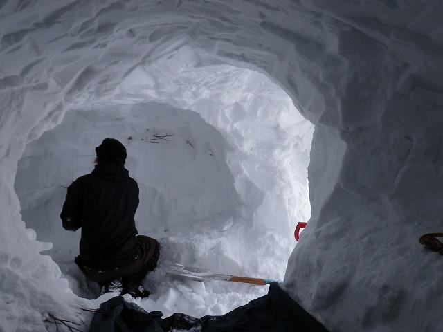 雪洞 谷川岳