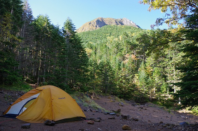 八ヶ岳 行者小屋でテント内外の温度差測定