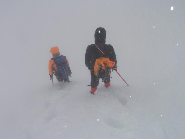 ホワイトアウト 谷川岳